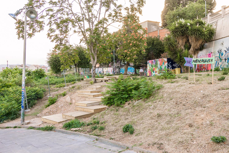 Construcción colectiva de los equipamientos del Parc Matacavalls - Hospitalet de Llobregat, Barcelona